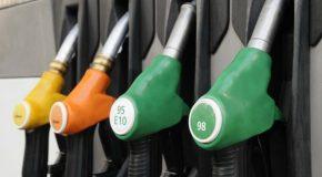 Nouveaux noms des carburants à la pompe.